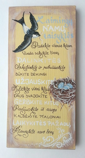 """Medžio tapyba """"Laimingų namų taisyklės"""""""